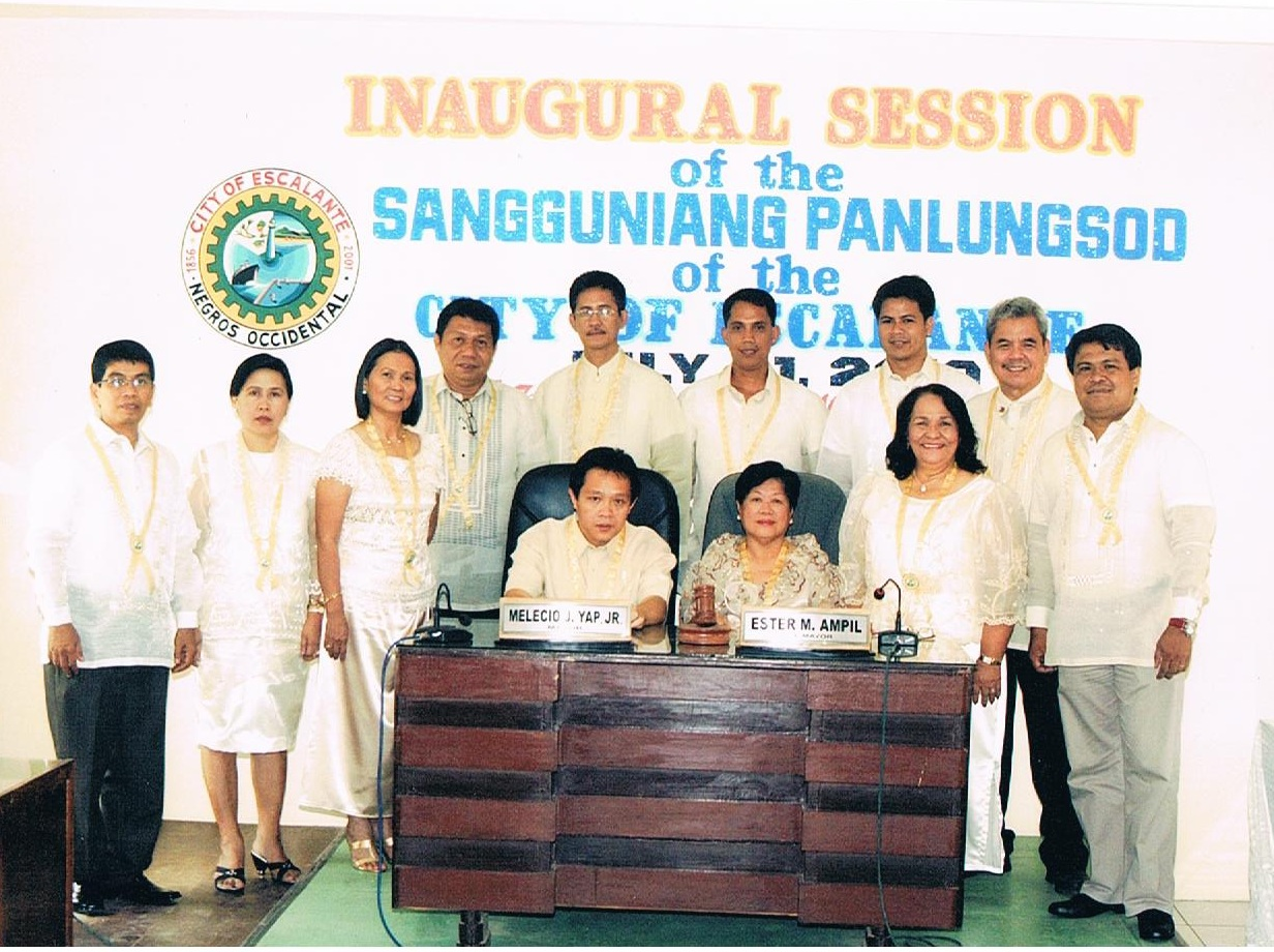 Inaugural Session of the Sangguniang Panlungsod of the City of Escalante July 2010.jpg