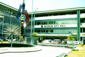 Bacolod city hall.jpg