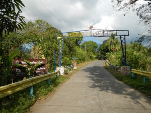 Welcome Arch to Sta Lucia, Dolores, Quezon.JPG