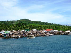 Stilt houses in Basilan.JPG