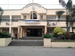 Municipal Building Of Porac, Pampanga.jpg