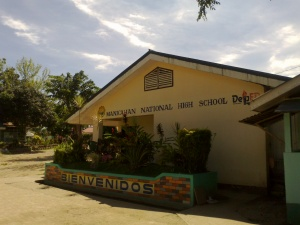 Manicahan National High School 1.jpg